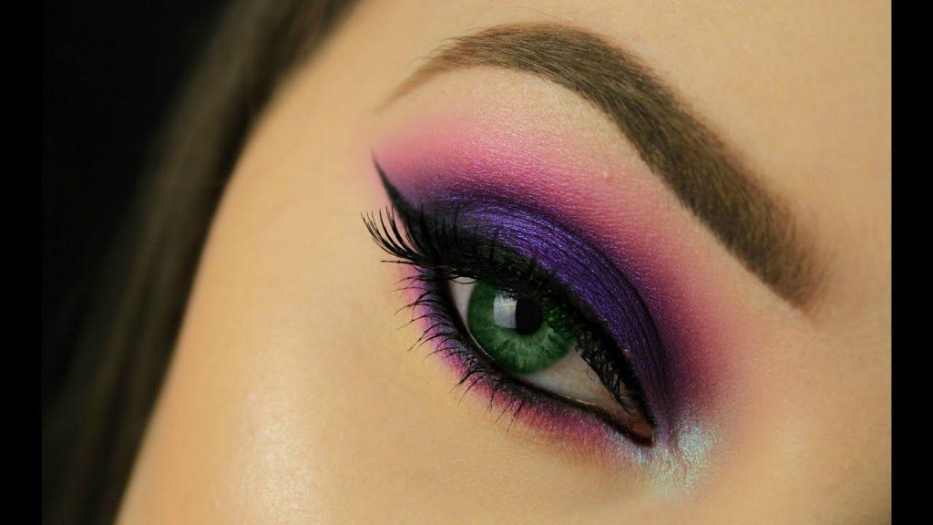 sombra púrpura ojos verdes