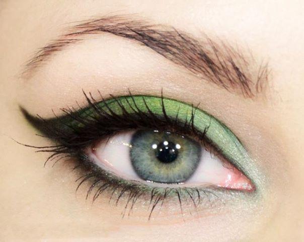 sombra verde ojos verdes