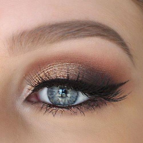 tonos bronce ojos azules